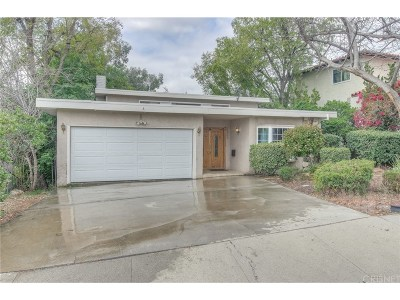 Woodland Hills Single Family Home For Sale: 22266 Del Valle Street