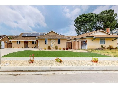 Canyon Country Single Family Home For Sale: 20251 Lakemore Drive