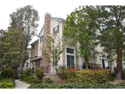 Los Angeles County Condo/Townhouse For Sale: 26828 Willow Creek Lane #21