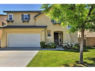 Canyon Country Single Family Home For Sale: 17556 Gladesworth Lane