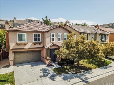 Canyon Country Single Family Home For Sale: 17408 Dusty Willow Court