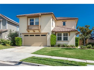 Saugus Single Family Home For Sale: 22568 Lamplight Place