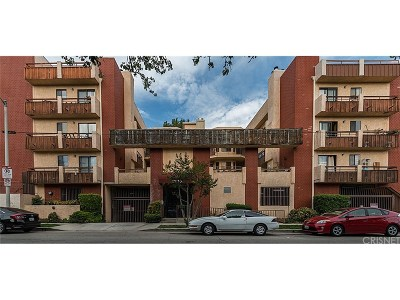 Canoga Park Condo/Townhouse For Sale: 8710 Independence Avenue #306