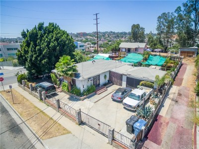 Los Angeles Single Family Home For Sale: 4307 Dozier Avenue