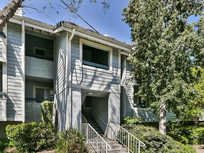 Canyon Country Condo/Townhouse For Sale: 20339 Rue Crevier #530