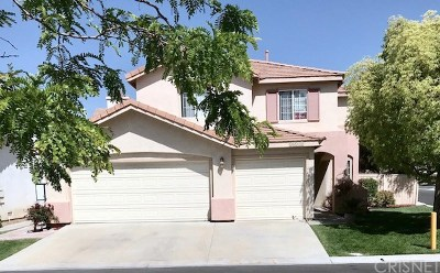 Canyon Country Single Family Home For Sale: 26518 Kinglet Place