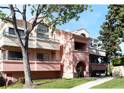 Canyon Country Condo/Townhouse For Sale: 18209 Flynn Dr #152