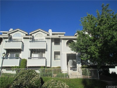 Canyon Country Condo/Townhouse For Sale: 26870 Claudette Street #701
