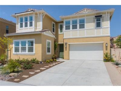 Saugus Single Family Home For Sale: 27631 Camellia Drive