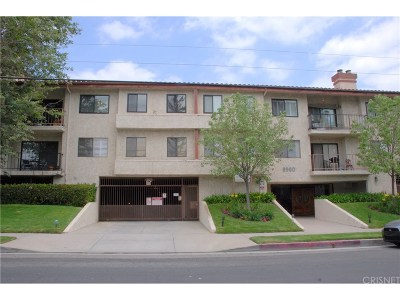 Chatsworth Condo/Townhouse For Sale: 9960 Owensmouth Avenue #27