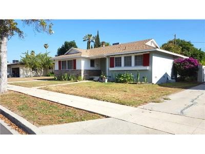 Tarzana Single Family Home For Sale: 19156 Calvert Street
