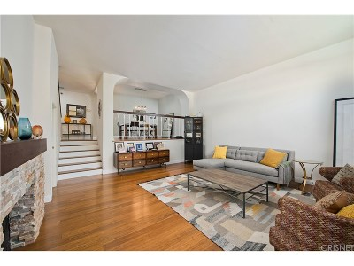 Encino Condo/Townhouse For Sale: 5401 Zelzah Avenue #132