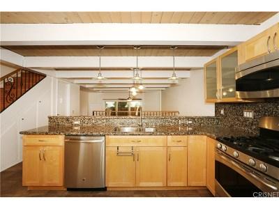 Culver City Condo/Townhouse Pending: 6235 Green Valley Circle