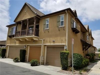 Saugus Condo/Townhouse For Sale: 28461 Santa Rosa Lane