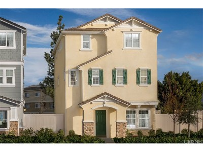 Chatsworth Condo/Townhouse For Sale: 21934 Walters Drive