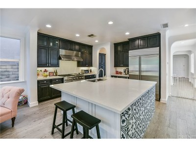Los Angeles County Single Family Home For Sale: 25705 Chestnut Way