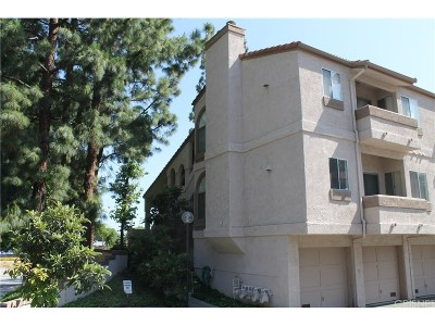 West Hills Condo/Townhouse For Sale: 23201 Sherman Way #G