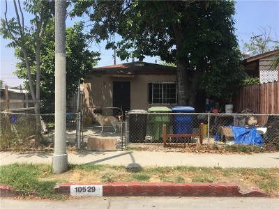 Los Angeles Single Family Home For Sale: 10529 Grape Street