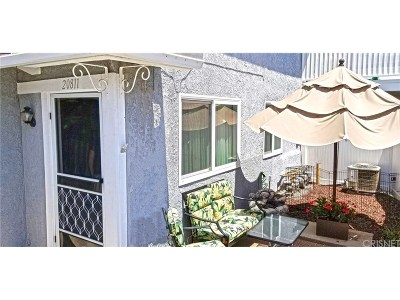 Saugus Condo/Townhouse For Sale: 20811 Plum Canyon Road #202