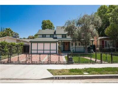 Woodland Hills Single Family Home For Sale: 22106 Buena Ventura Street