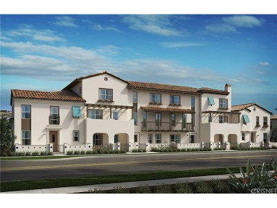 Camarillo Condo/Townhouse For Sale: 369 Townsite Promenade