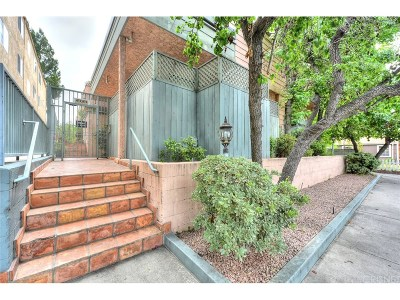 Studio City Condo/Townhouse For Sale: 4424 Coldwater Canyon Avenue #3