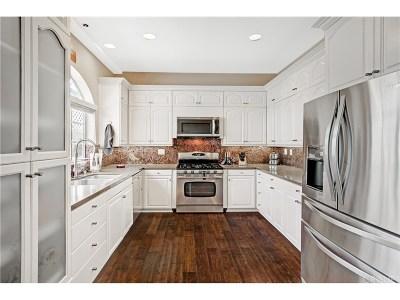 Condo/Townhouse For Sale: 4461 Vista Del Monte Avenue #4