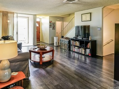Culver City Condo/Townhouse For Sale: 5215 Sepulveda Boulevard #26A