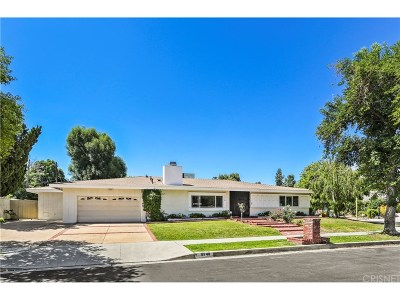 Woodland Hills Single Family Home For Sale: 5748 Larryan Drive