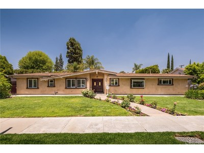 Woodland Hills Single Family Home For Sale: 22339 Burbank Boulevard