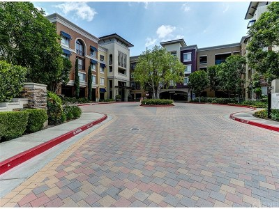 Valencia Condo/Townhouse For Sale: 24535 Town Center Drive #6401