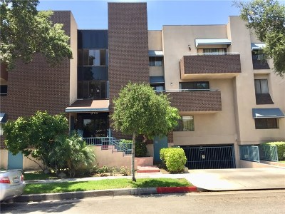 Glendale Condo/Townhouse For Sale: 315 Chester Street #107