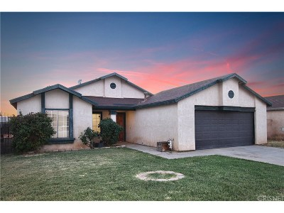 Rosamond Single Family Home For Sale: 3025 Gertrude Street