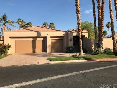 La Quinta Condo/Townhouse For Sale: 79705 Arnold Palmer