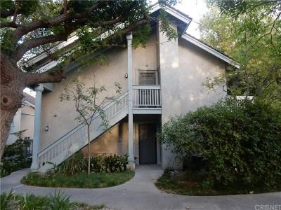Canoga Park Condo/Townhouse For Sale: 7050 Shoup Avenue #206