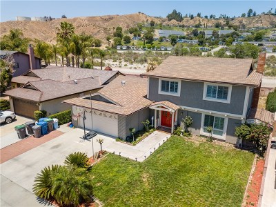Canyon Country Single Family Home For Sale: 20205 Lakemore Drive