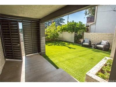 Valley Village Single Family Home For Sale: 5714 Vantage Avenue