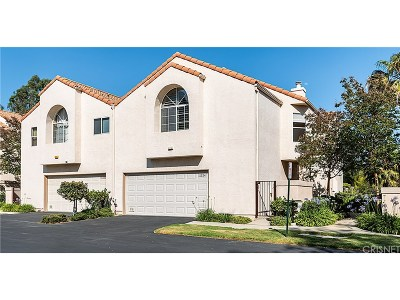 Chatsworth Condo/Townhouse For Sale: 11324 Old Ranch Circle