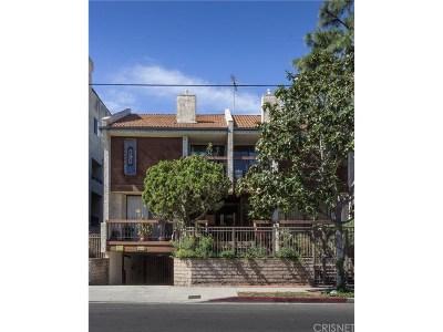 Encino Condo/Townhouse For Sale: 5249 Newcastle Avenue #2