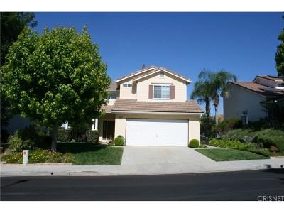 Saugus Single Family Home For Sale: 28403 Nicholas Circle