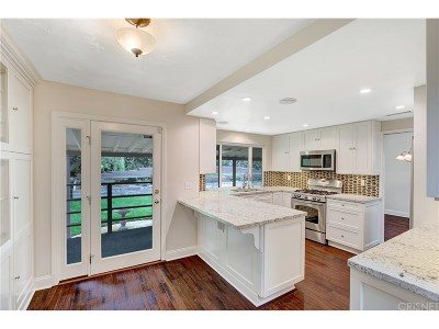 Agoura Hills Single Family Home For Sale: 5555 Fairview Place