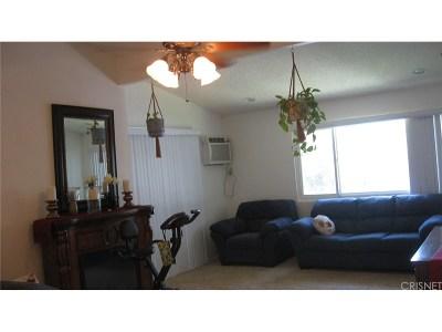 Canoga Park Condo/Townhouse For Sale: 21800 Schoenborn Street #268