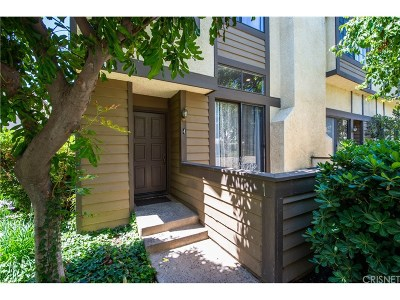 Chatsworth Condo/Townhouse For Sale: 21205 Lassen Street #4