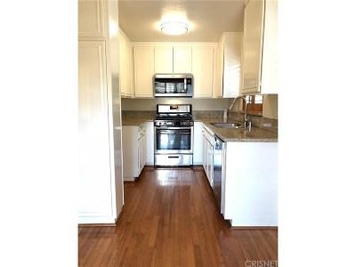 Canyon Country Condo/Townhouse For Sale: 27915 Sarabande Lane #413