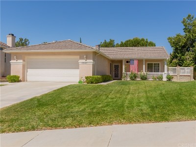Canyon Country Single Family Home For Sale: 30327 Sunrose Place