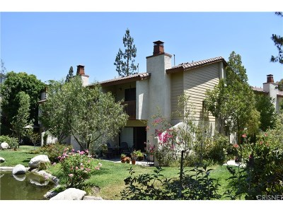 Woodland Hills Condo/Townhouse For Sale: 21555 Burbank Boulevard #67