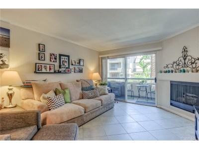 Woodland Hills Condo/Townhouse For Sale: 5535 Canoga Avenue #124