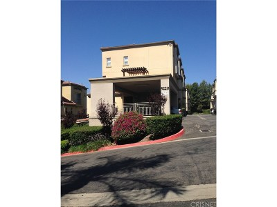 Woodland Hills Condo/Townhouse For Sale: 5220 Premiere Hills Circle #113