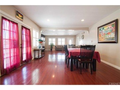 Los Angeles Single Family Home For Sale: 1706 West 81st Street