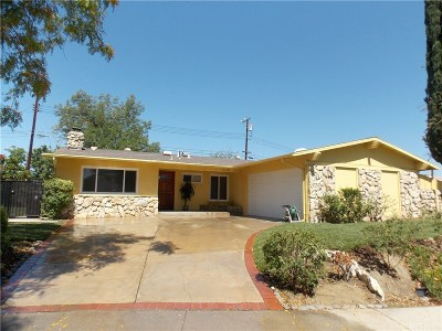 Woodland Hills Single Family Home For Sale: 6125 Manton Avenue